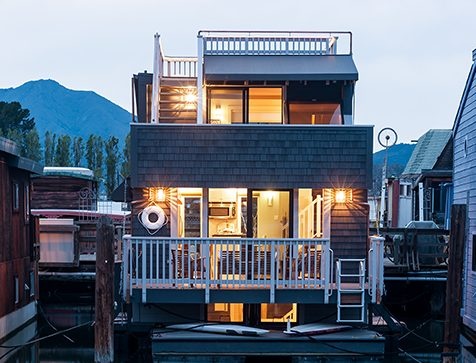 Beautiful, Open, Hip Houseboat for Sale